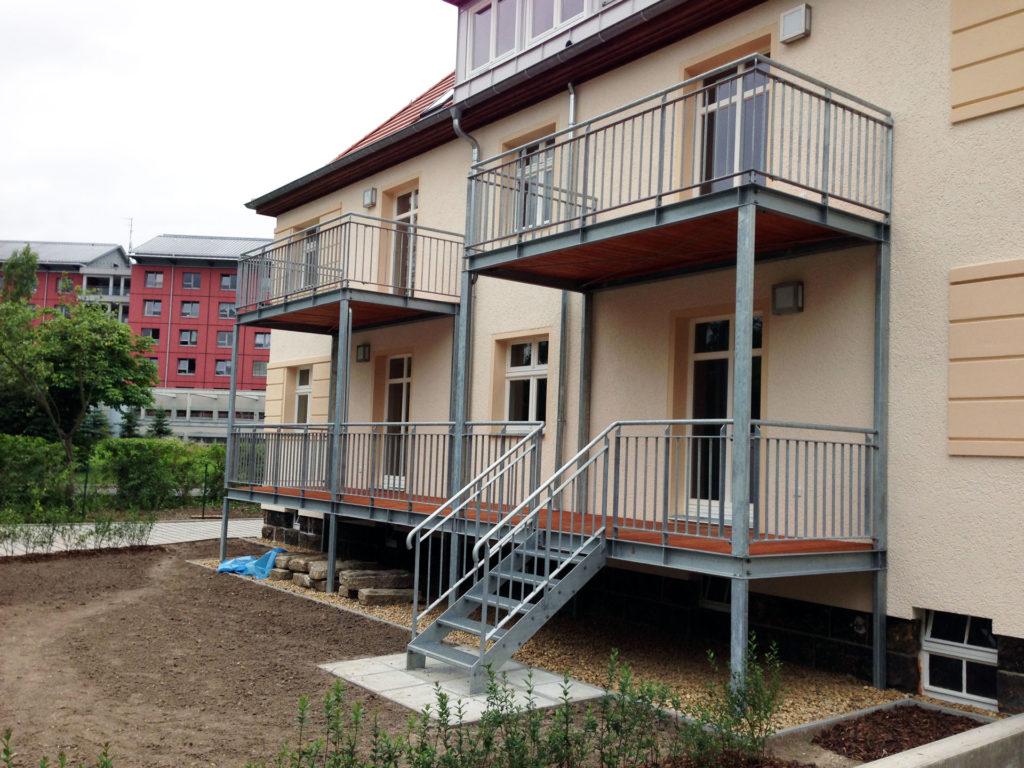 stahlbau_lohr_balkonanlagen